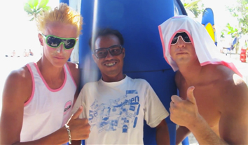 2480Jamie O'Brien aprende a surfar em Kuta || 9:11