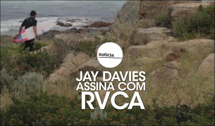 21681Jay Davies assina com RVCA