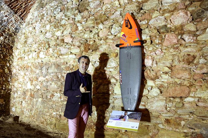 surfer-wall-(1)