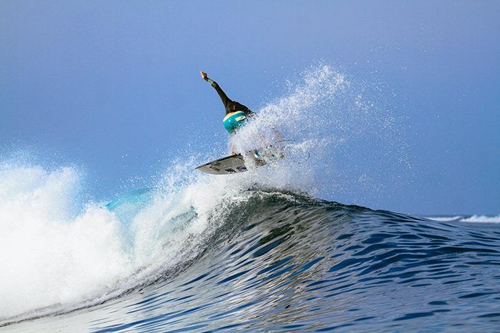 Na maré cheia, a esquerda de Lakey é perfeita para surf mais performance!