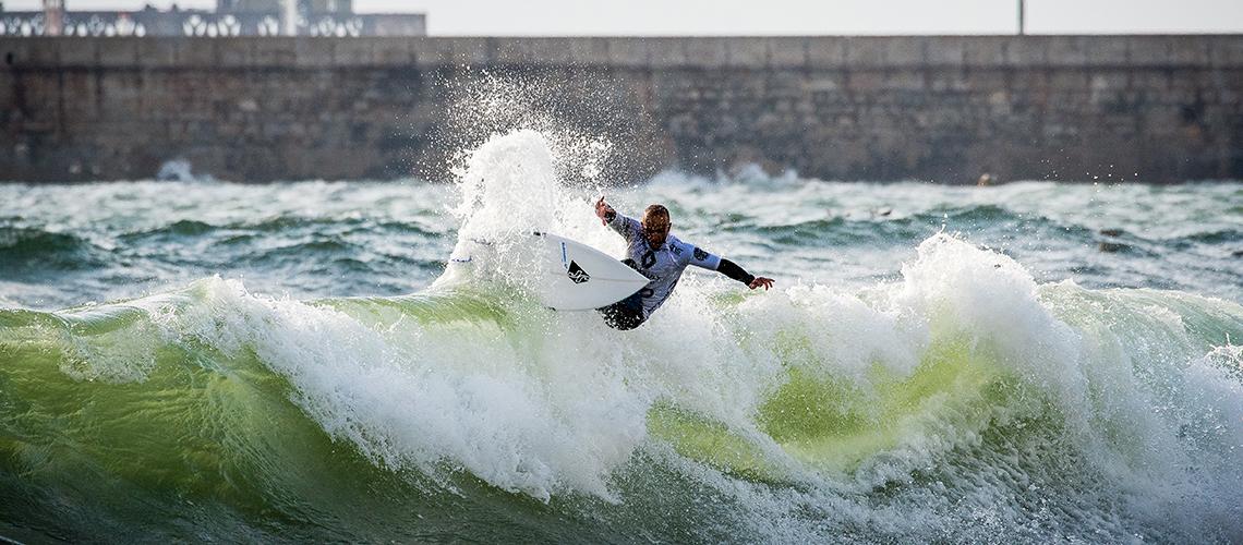 38478À Porta do Olimpo | Os 10 melhores surfistas (sem patrocínios) de Portugal – Parte 3