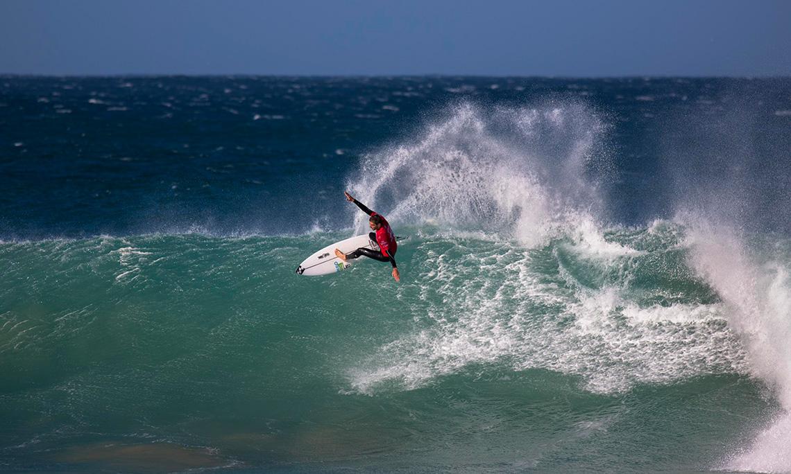 38982A nota 10 de Frederico Morais no Corona Open J-Bay