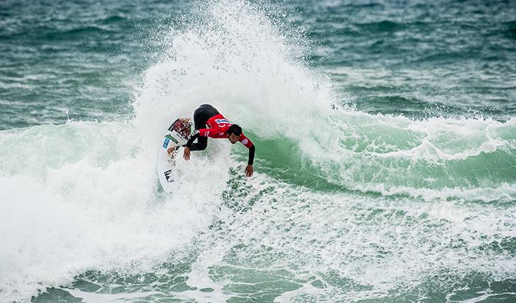 João Kopke em modo competição na Liga MEO Surf - Photo by Pedro Mestre