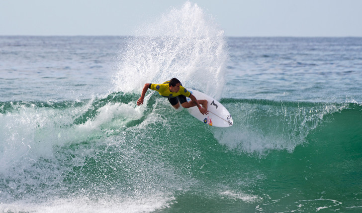 39201Os heats dos (3) surfistas portugueses no US Open