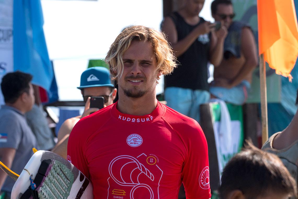 40294Nicolau Von Rupp nas fases finais do Siargao Cloud 9 Surfing Cup