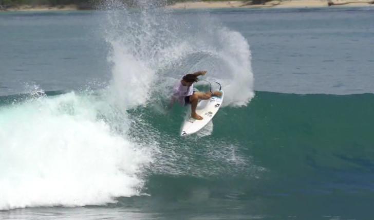 40233Yago Dora nos Mentawai || 4:51