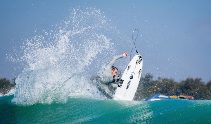 40483Julian Wilson | Trestles free surf || 2:34