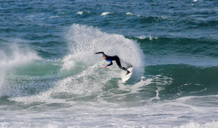 40610Selecção portuguesa arranca bem no Eurosurf 2017