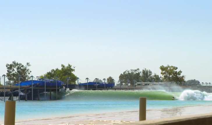 40517Kelly Slater fala sobre a piscina de ondas e o evento