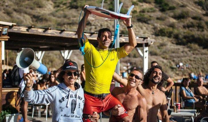 41444Matthew Demajo vence campeonato de surf na República de Malta