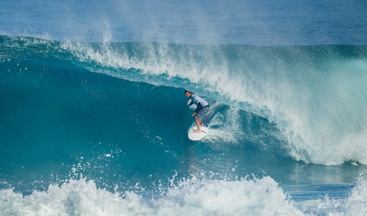 41932Florence e Slater vencem no round 1 do Billabong Pipe Masters