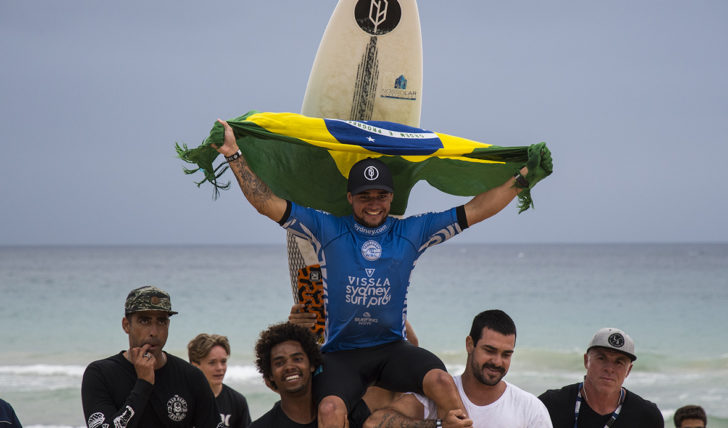 43123Deivid Silva & Nikki Van Dijk vencem Vissla o Sydney Surf Pro