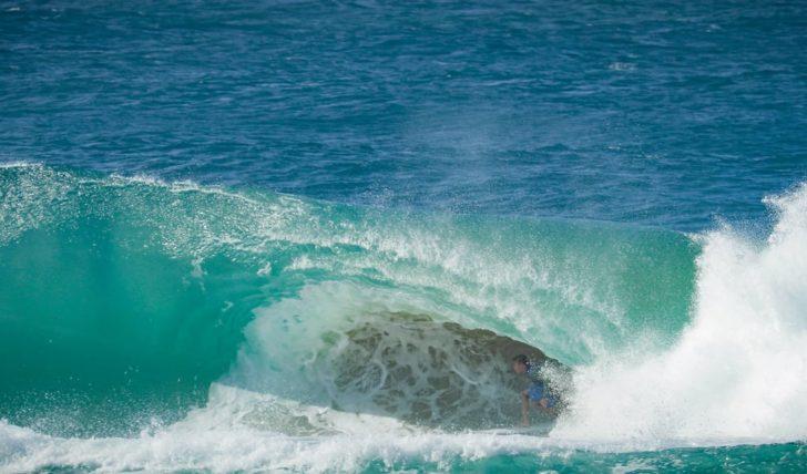 "43335Happily Stoked | A tempestade ""Linda"" na Gold Coast || 4:10"