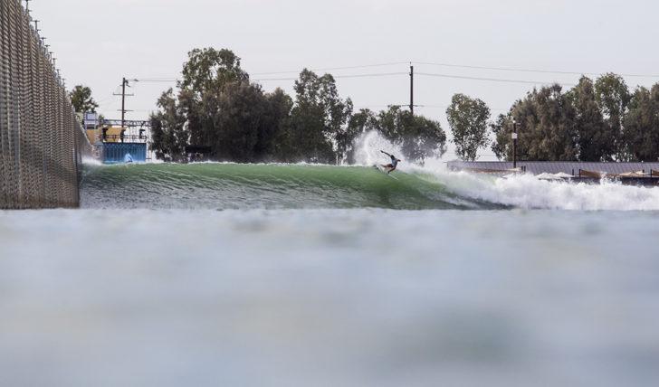 """43290Quanta pagavas para surfar no """"Ranch"""" de Kelly Slater?"""