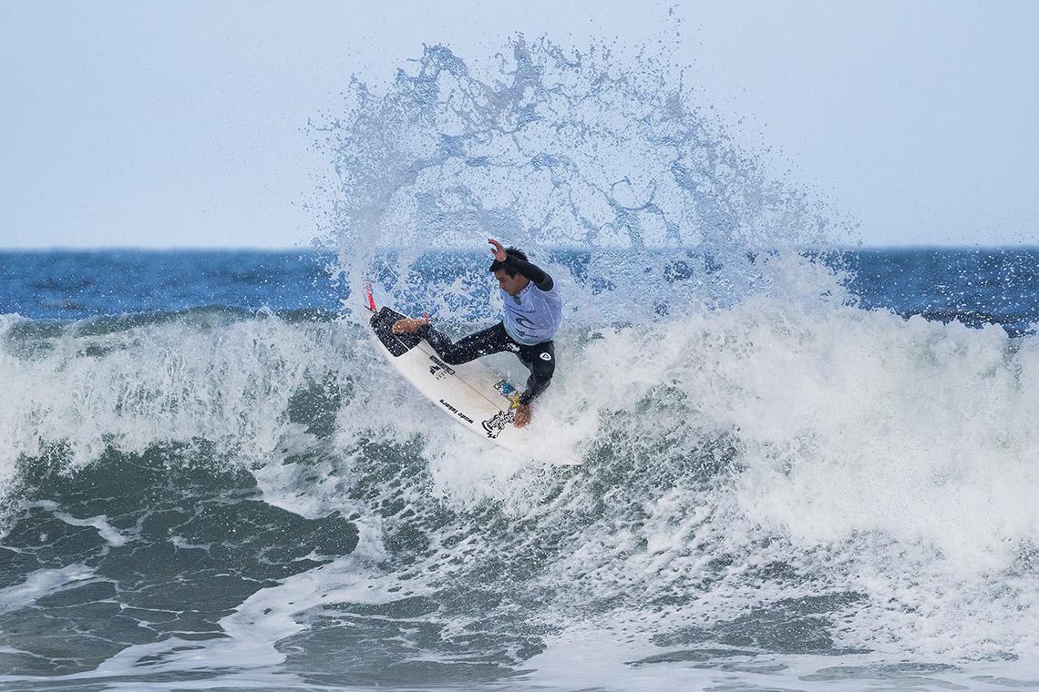 43520Poucas surpresas no round 1 do Rip Curl Pro Bells Beach
