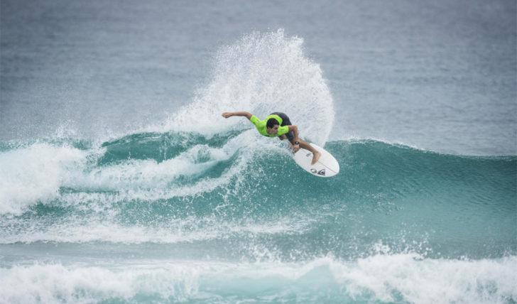 43547Lucca Mesinas & Leilani McGonagle vencem Barbados Surf Pro