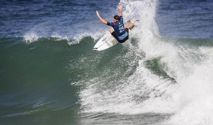 44701Frederico Morais segue para o round 3 no Oi Rio Pro