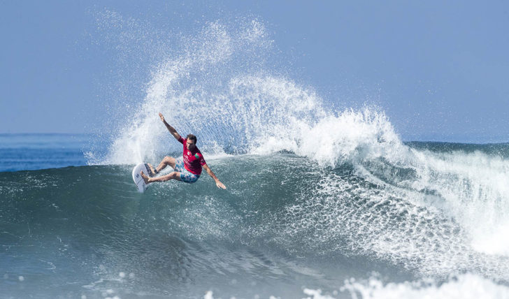 45108Frederico Morais eliminado por Jeremy Flores no Corona Bali Protected
