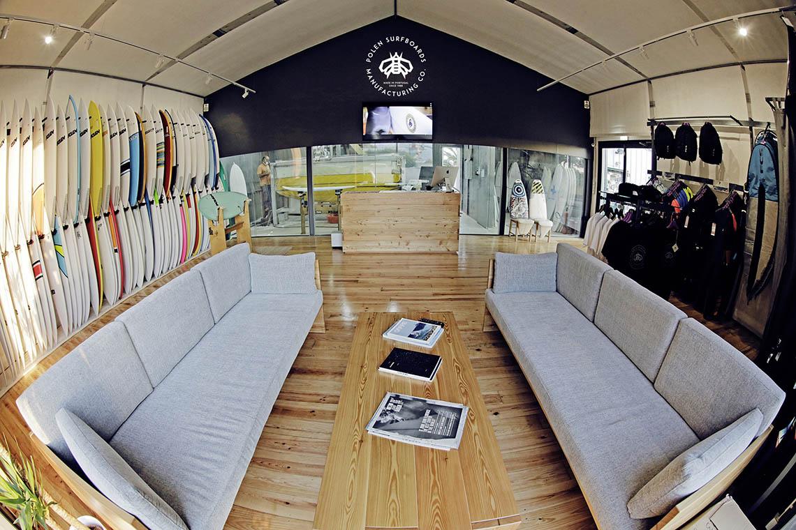 """45515Livro """"The Next Step"""" apresentado na Polen SurfShop"""