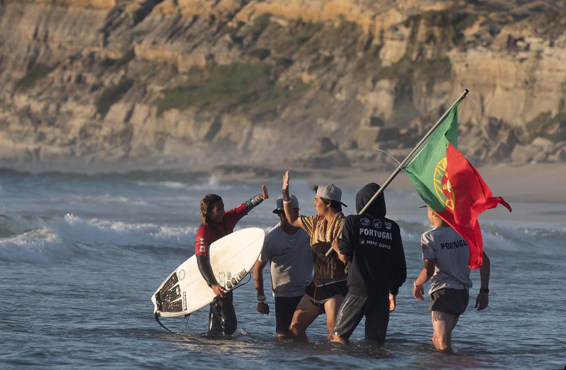 46215França vence EuroJunior, Portugal em 3º lugar