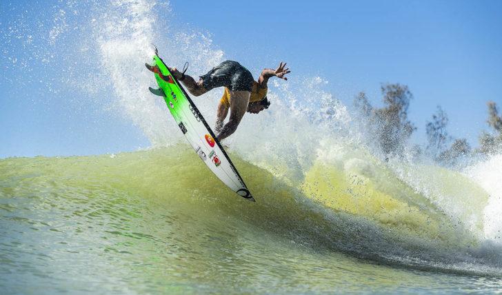 46867Gabriel Medina & Carissa Moore vencem Surf Ranch Pro