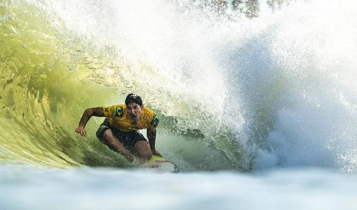 46859Gabriel Medina lidera Surf Ranch Pro, Frederico Morais em 27º