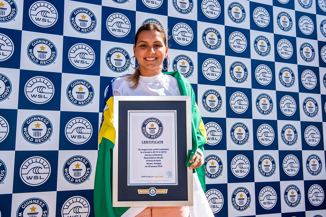 47252Onda de Maya Gabeira na Nazaré entra no Guinness Book