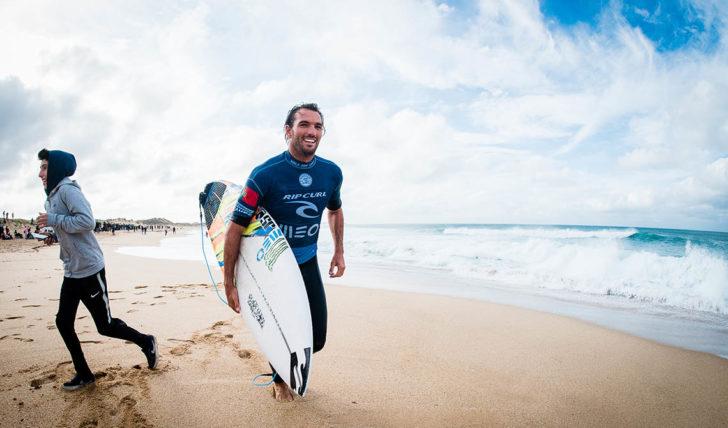 47756Vota em Frederico Morais para top10 da SURFER Awards 2018