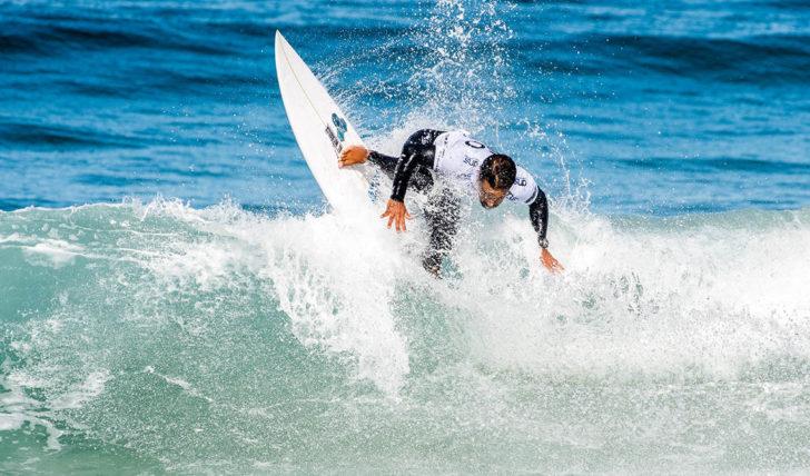 47323Disputa pelo título nacional reduzida a 2 surfistas no Bom Petisco Cascais Pro