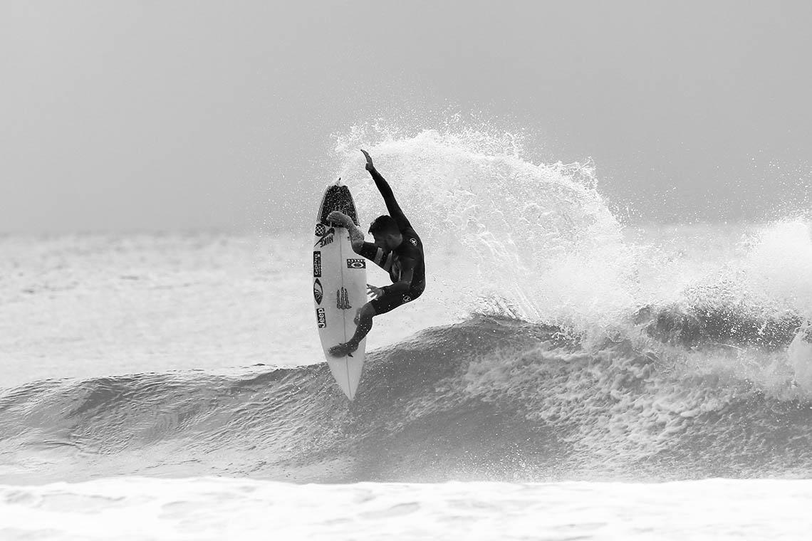 48839Os surfistas do Championship Tour divididos por marcas…