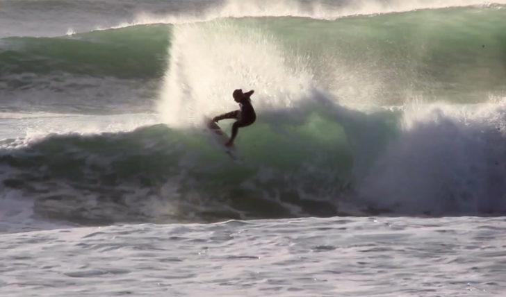 48906Yolanda Hopkins | Free surf no Alentejo || 2:06