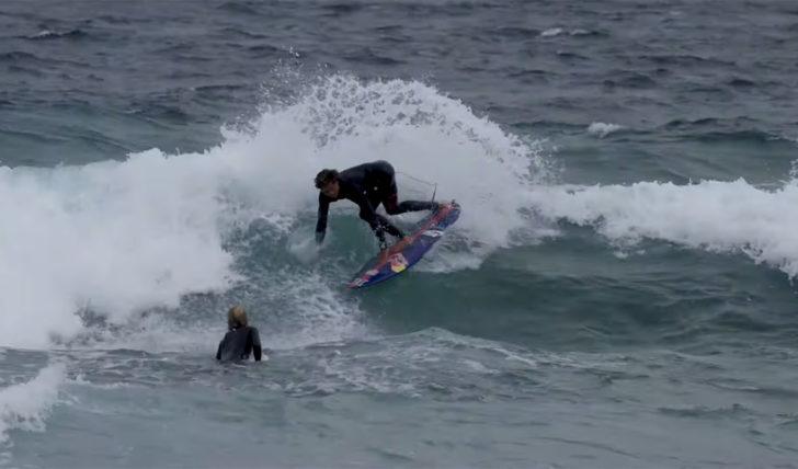 51464Kai Lenny a treinar em ondas pequenas na Austrália || 8:00