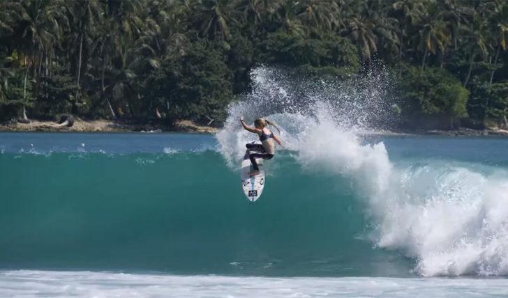 51885Sierra Kerr nos Mentawai || 2:24