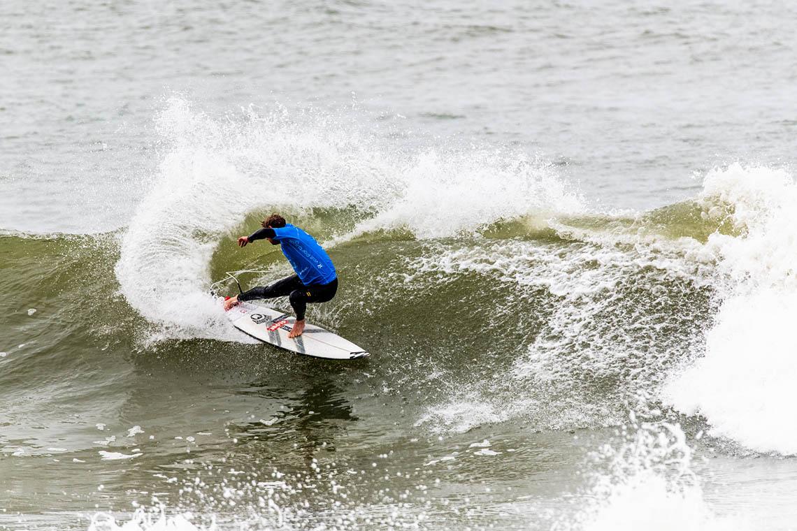 52628Taj Burrow bate Tiago Pires no Heritage Heat em Ribeira D'Ilhas…