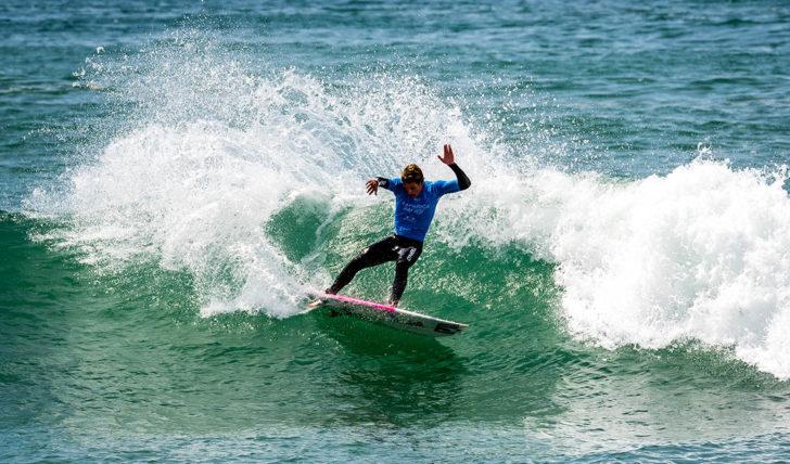 52195Santander define prémio para o melhor aproveitamento escolar entre os competidores da Liga MEO Surf