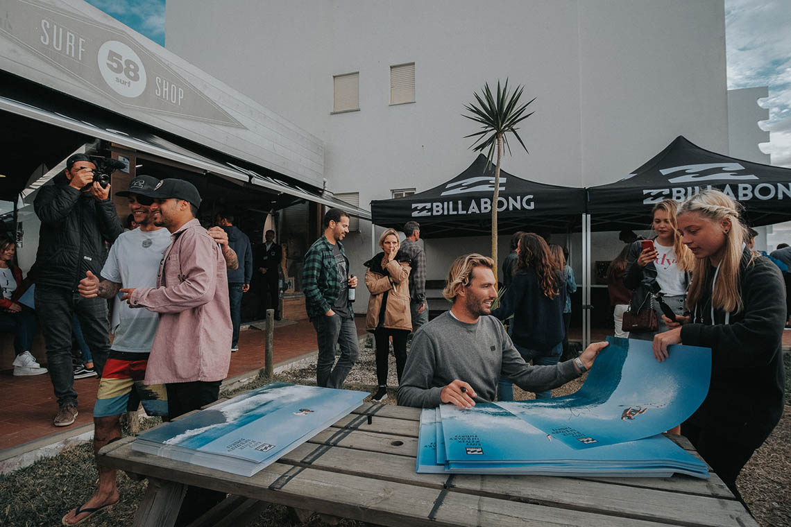 52885Surfistas da Billabong na 58 Surf Peniche