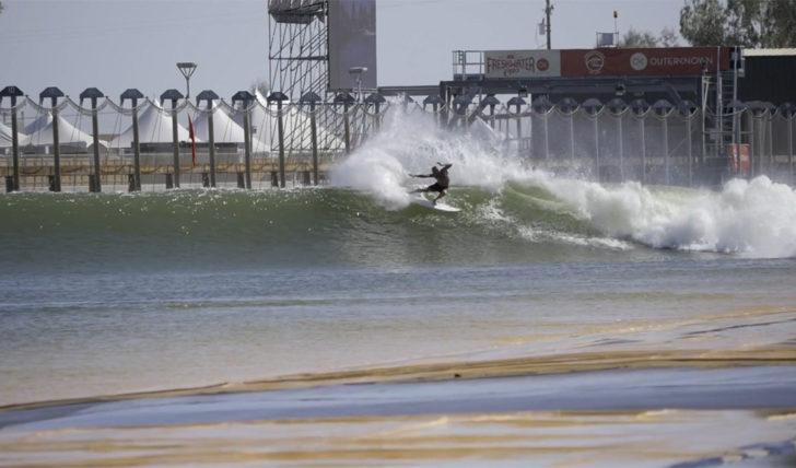 52853A sessões de aquecimento no Surf Ranch || 4:54