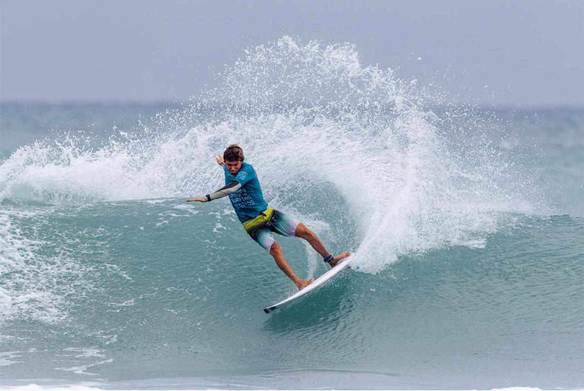 53555Luís Perloiro termina em 25º lugar no Taiwan Open of Surfing