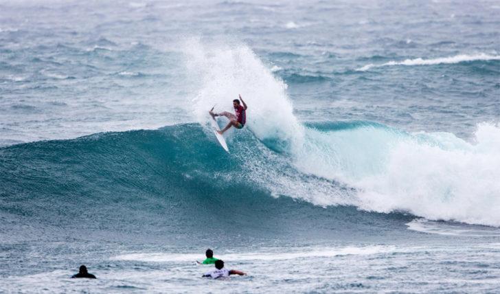 53431Frederico Morais passa para o round 4 do Hawaiian Pro