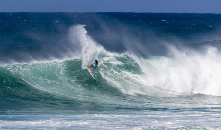 53358Vasco Ribeiro no round 2 do  Hawaiian Pro