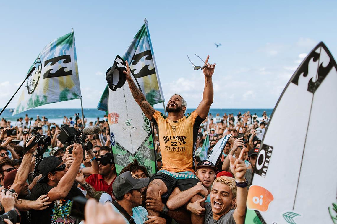 53928Ítalo Ferreira é o campeão mundial de 2019
