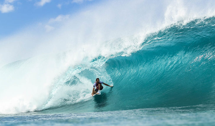 53810Frederico Morais eliminado no round 2 do Billabong Pipe Masters