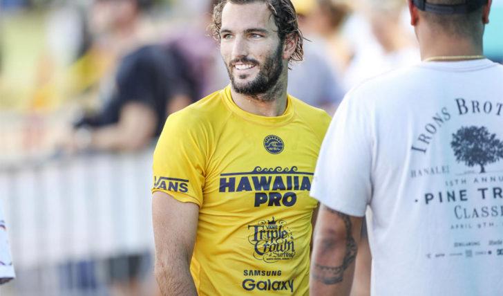 53700Frederico Morais é sério candidato ao título da Triple Crown of Surfing
