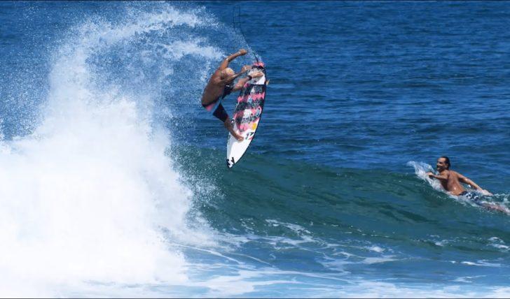 55079Ítalo Ferreira | Free surf no Havai antes da quarentena || 2:56