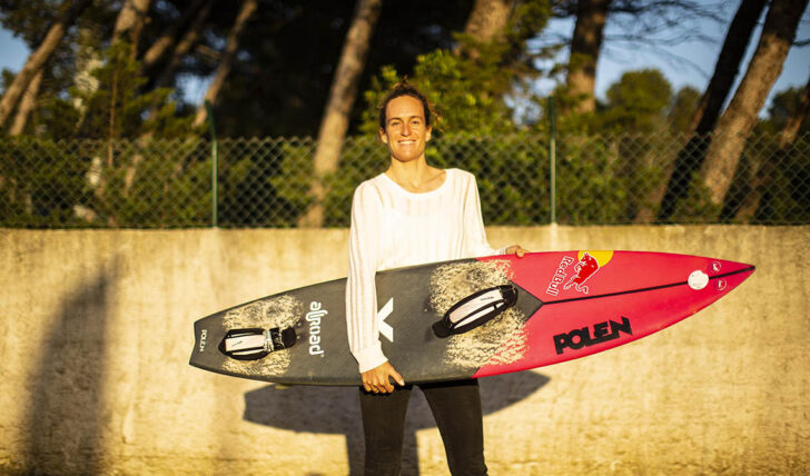 57221Justine Dupont vence a principal categoria feminina no Big Wave Awards da WSL