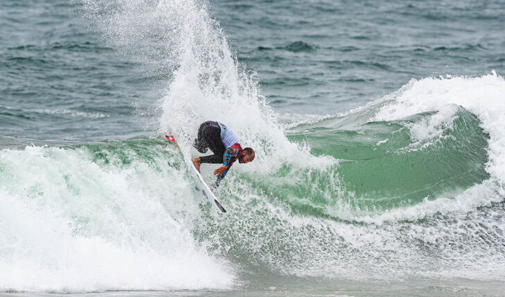 57601Jadson André garantido no MEO Portugal Cup of Surfing