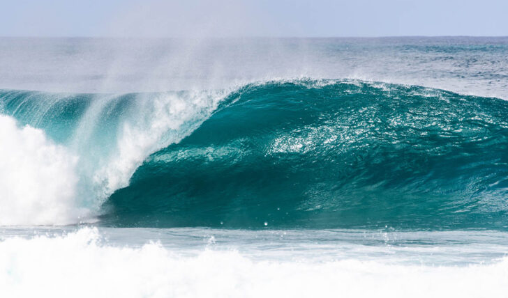 58504WSL suspende o Billabong Pipe Masters…