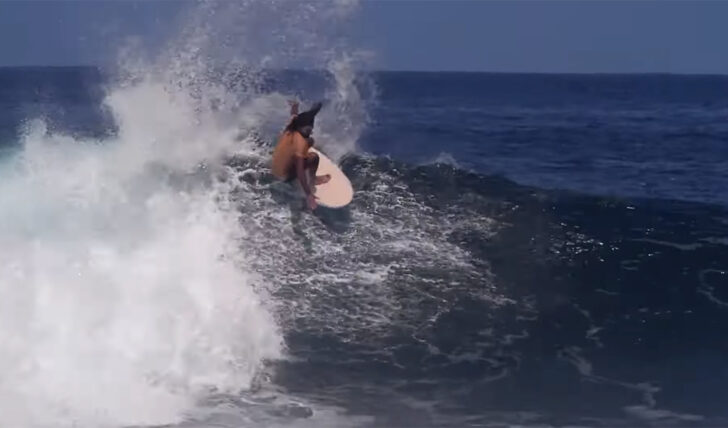 59211Adrien Toyon | Como surfar em Saint Leu de 4'2″ twin fin || 2:41