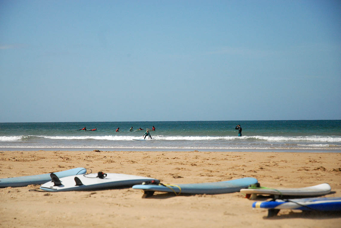 59665Escolas de surf  podem regressar à atividade em Abril