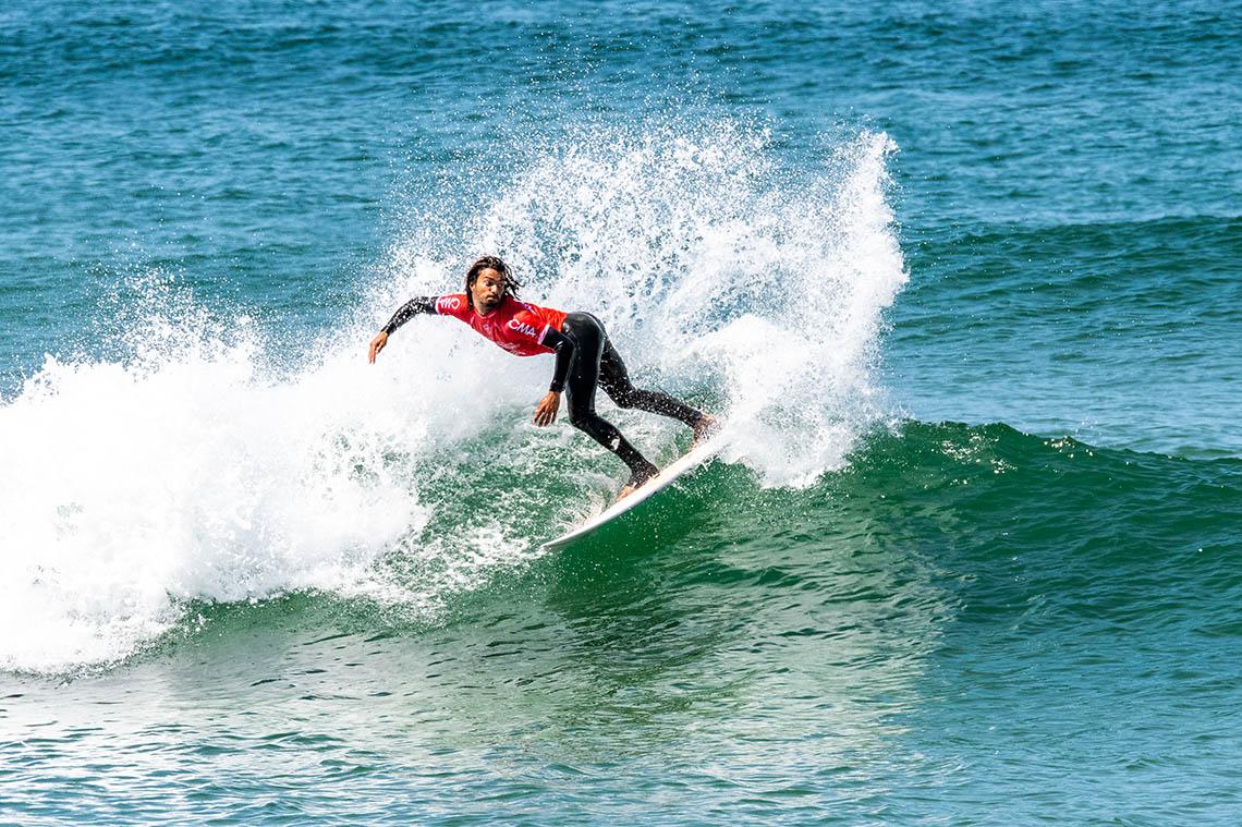 60402Dia de ondas pequenas no Estrella Galicia Caparica Surf Fest
